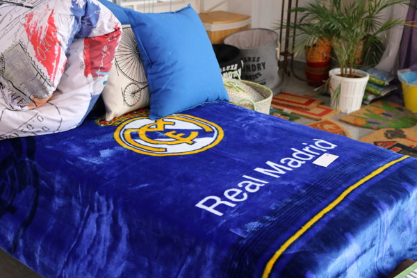 Manta Oficial Real Madrid