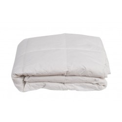 White Down Quilt. Bed size 135